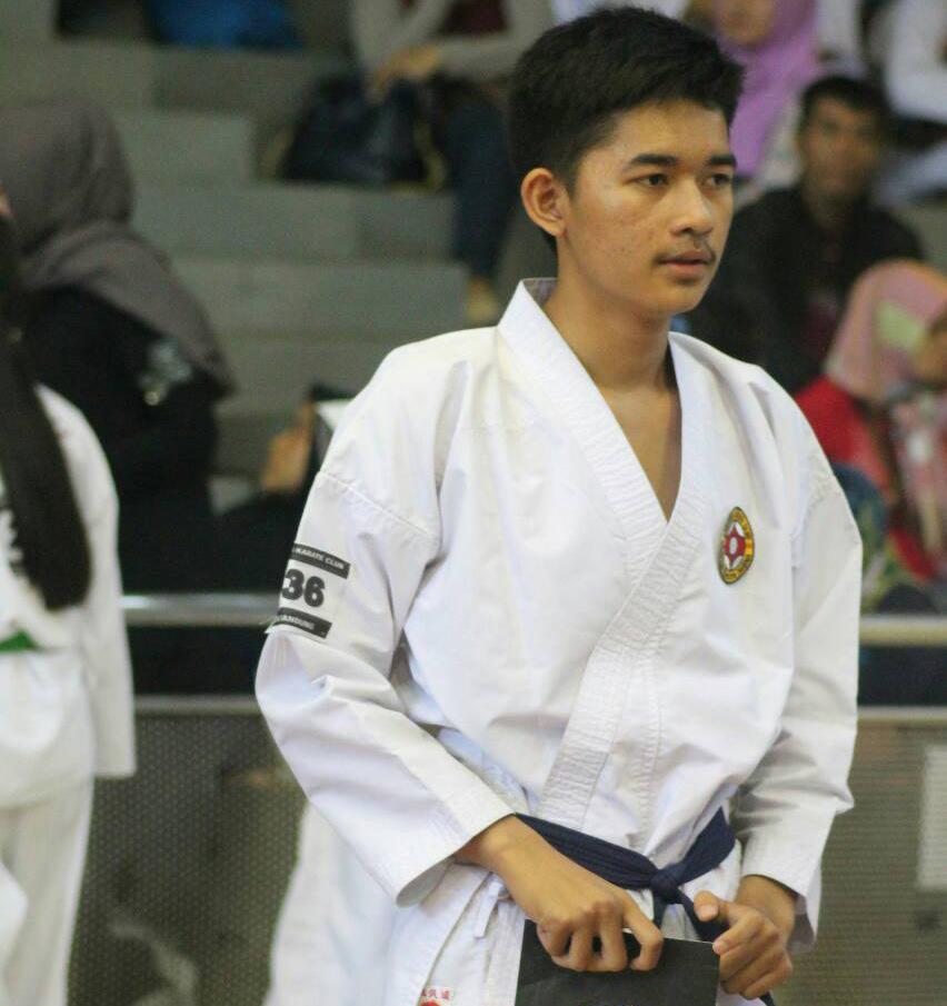 Karateka Muda, Riksa Paradila Pasa Juara 3 Pada Kejuaraan Nasional UPI Cup 2018